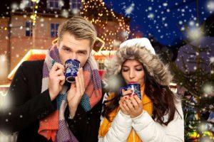 weihnachtsmarkt-tee-und-wein